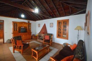 Casa Peluquina lounge new