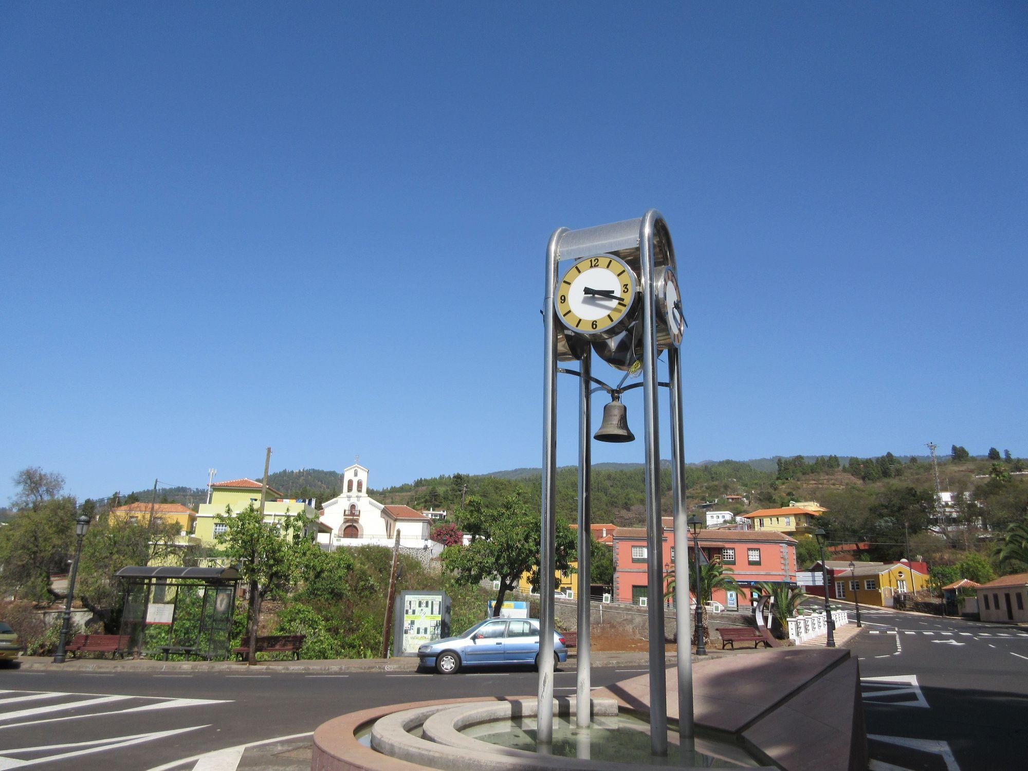 Puntagorda town clock