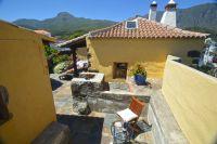 Casa-Ismail-10 exterior view to caldera