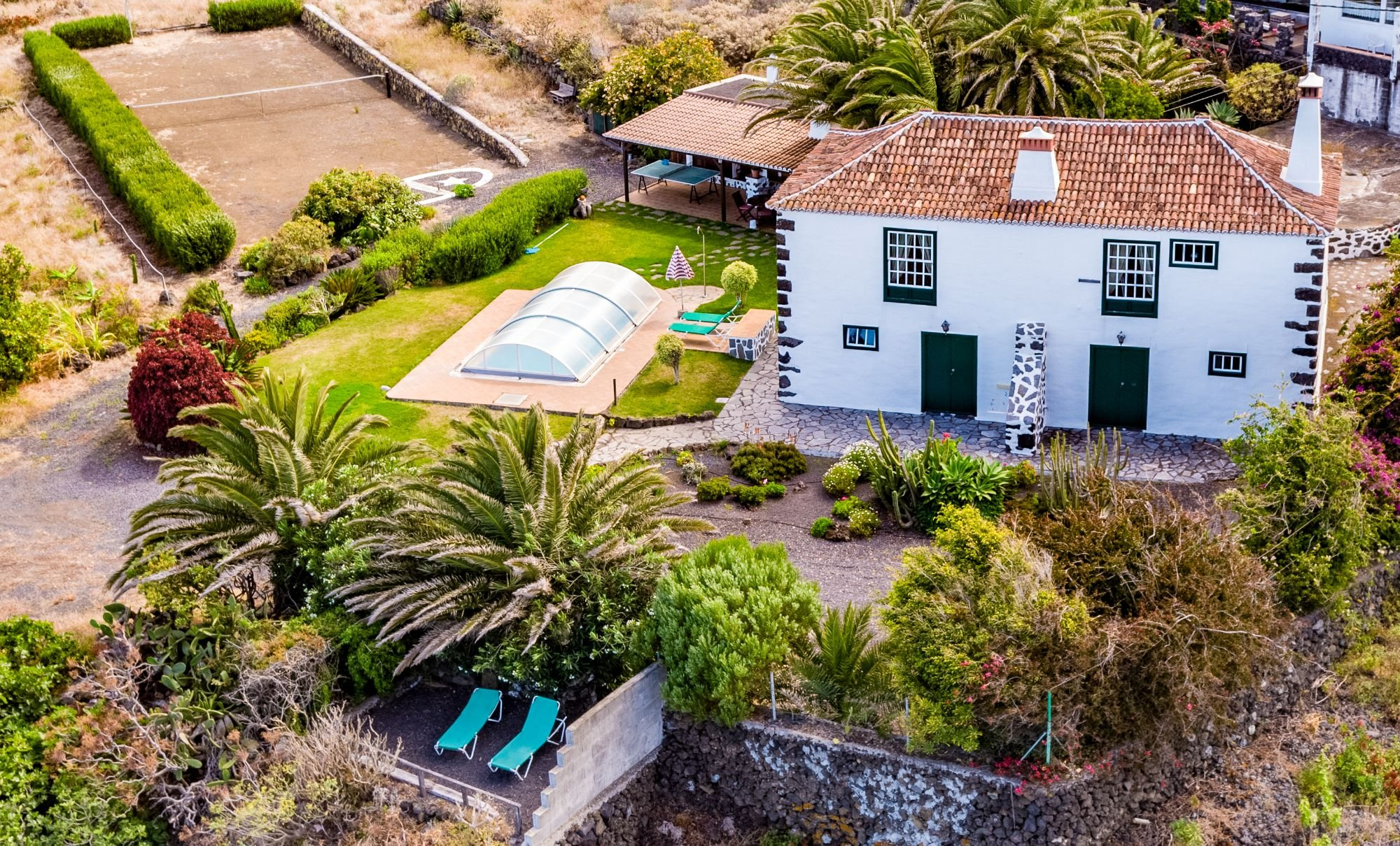 holiday house to rent la palma with private swimming pool