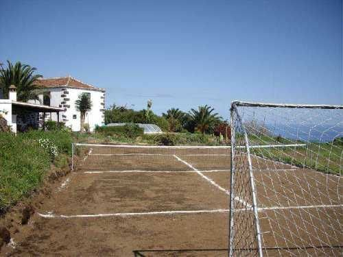 Casa Posito tennis court