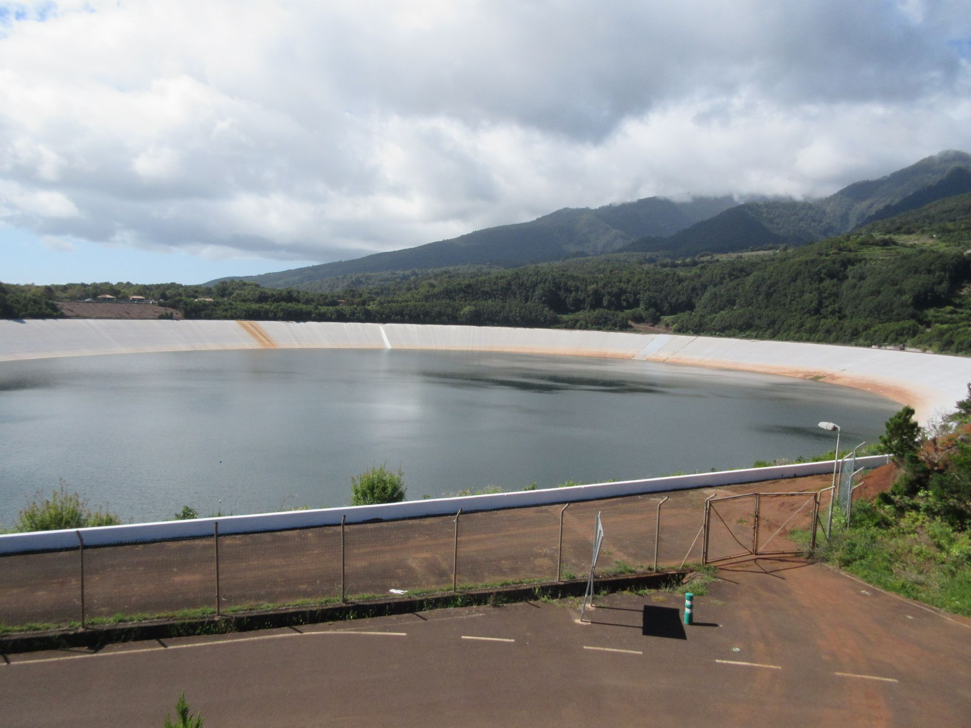 la laguna reservoir barlovento la palma