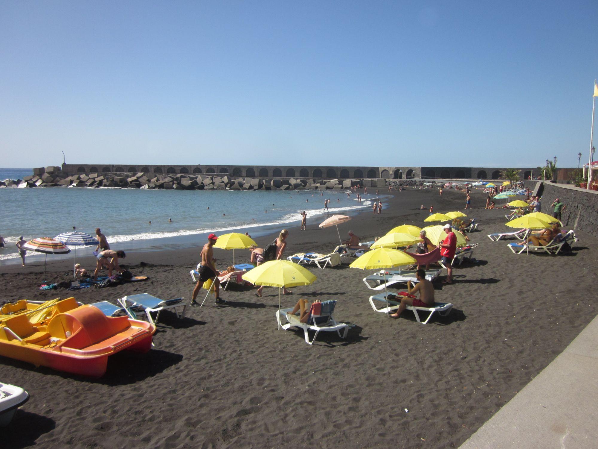 Tazacorte playa beach