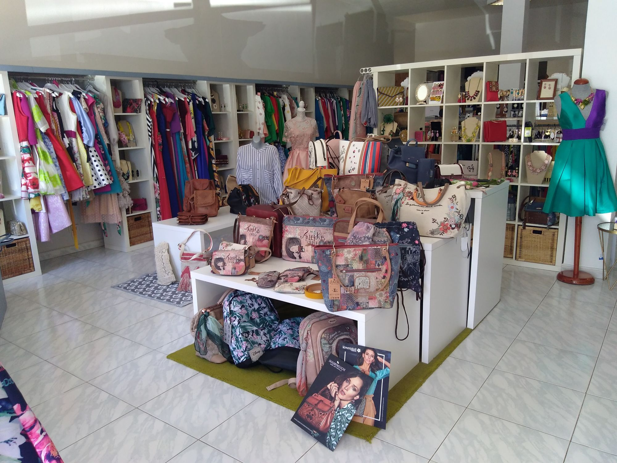 clothes shop barlovento