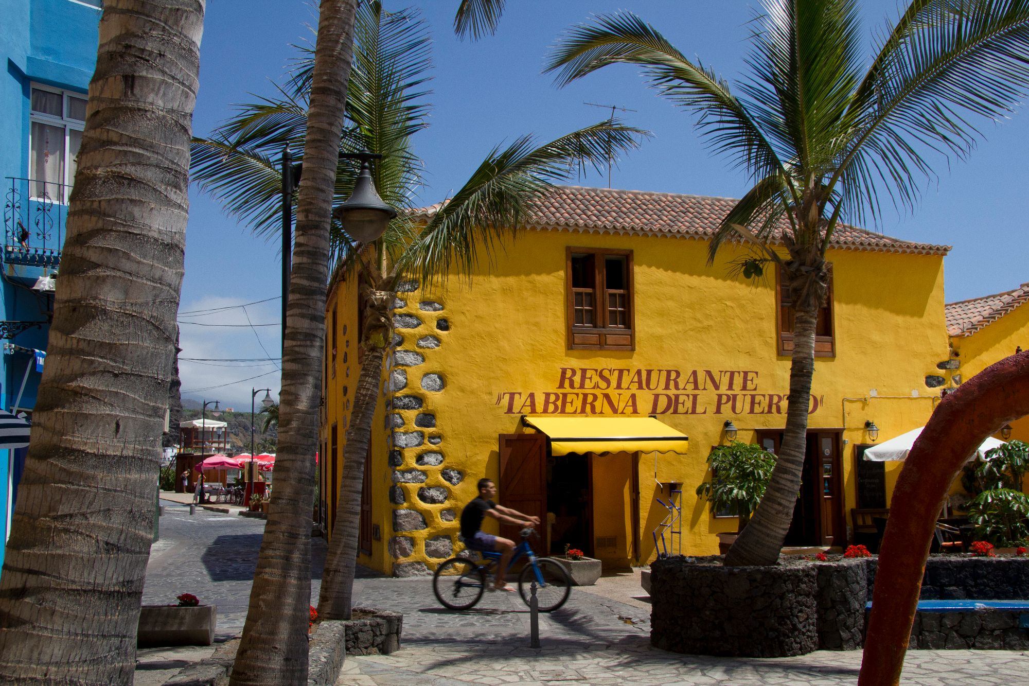 port restaurant puerto tazacorte