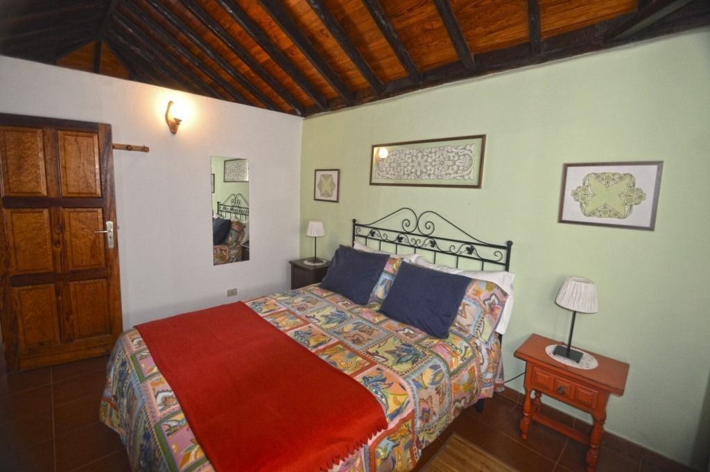 rural house with double bed Puntagorda