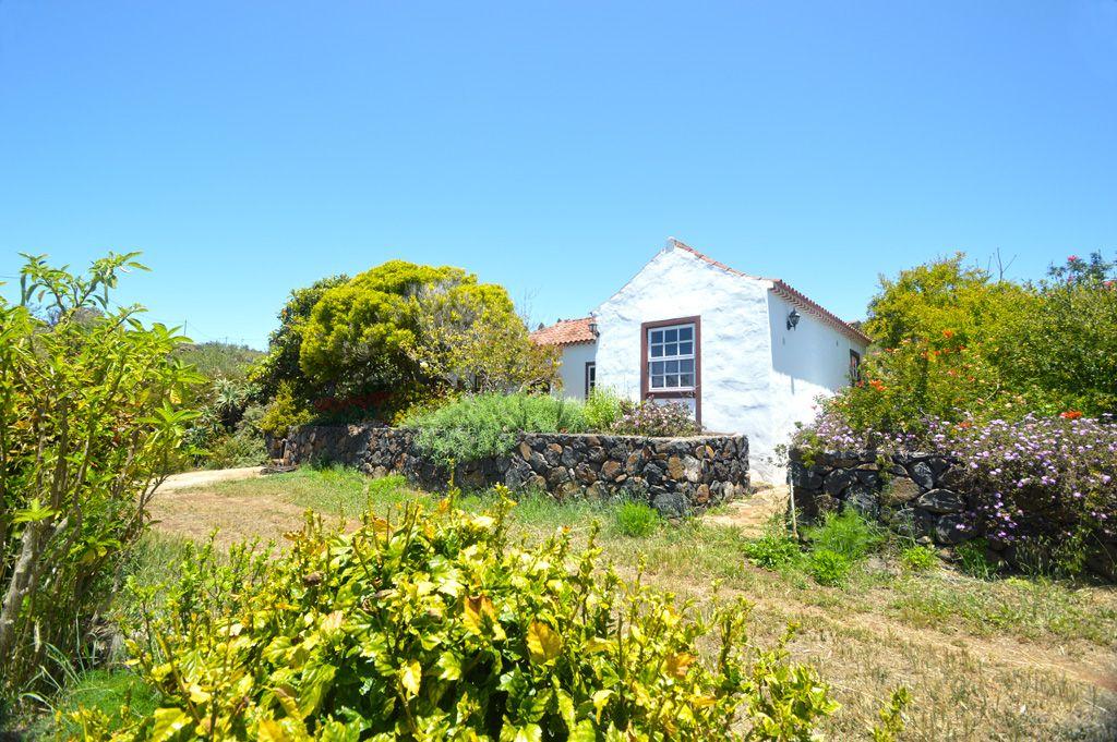 Casa-Rural-El-Jocamo-1