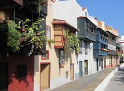 Balconies of Santa Cruz