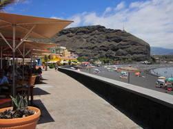 Puerto Tazacorte restaurants and beach