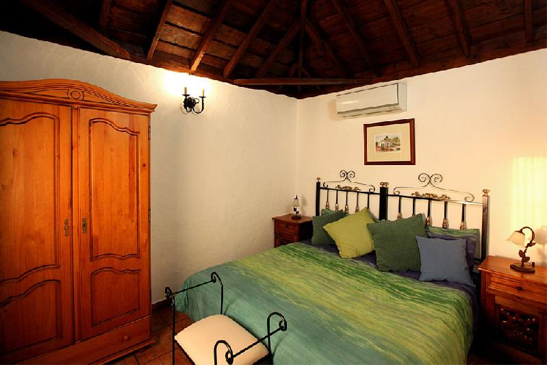 Casa Rural Capellana bedroom