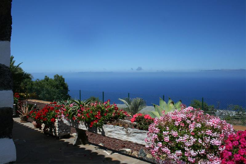 Casa Capellana villa isla de la palma canary islands