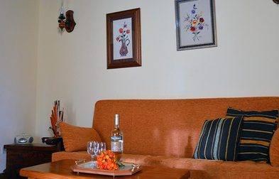 Casa El Lomito lounge