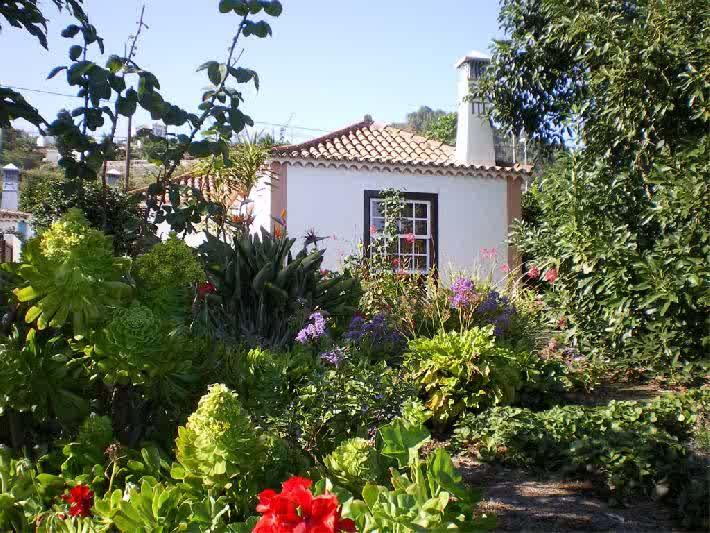 Casa El Sitio la Rosa garden