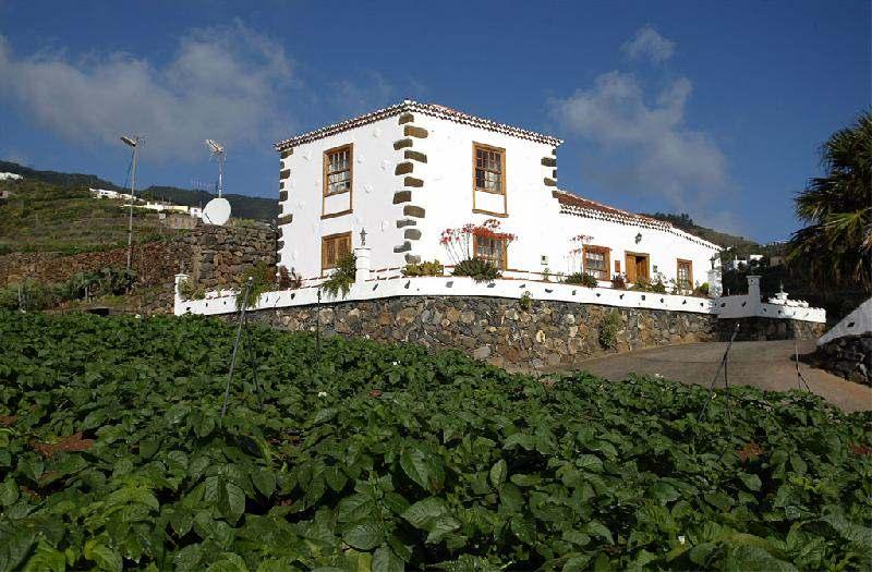 Casa Simon exterior