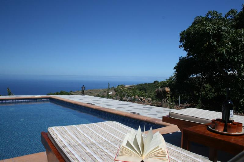 tijarafe rural house with pool la palma