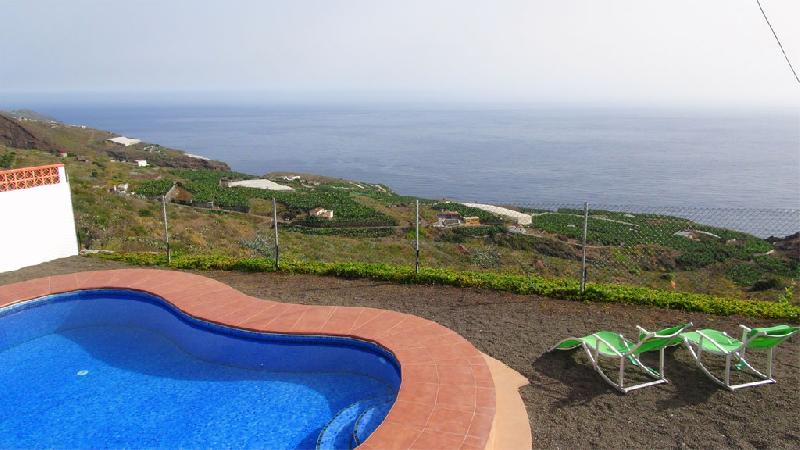 Casa Tomasin pool with view