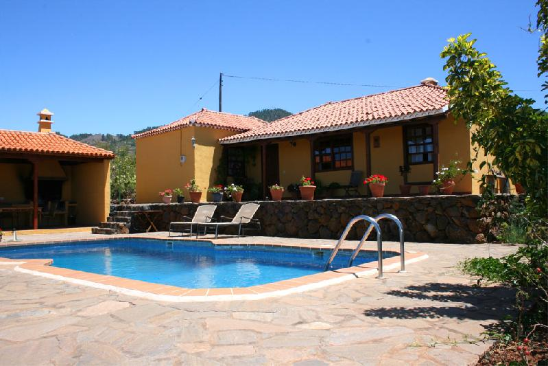 rural villa with swimming pool la palma Canary islands