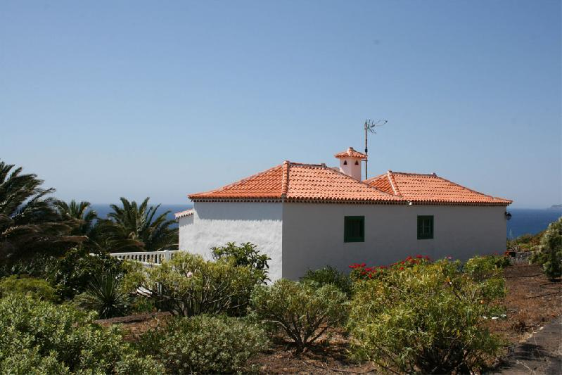 Casa Pancha Molina rear viw with sea