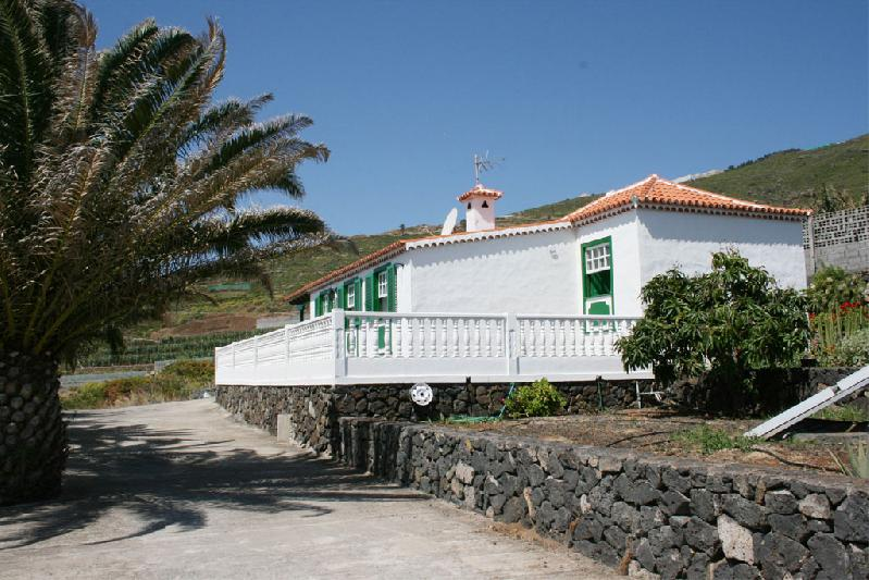 Casa Pancha Molina side view 2
