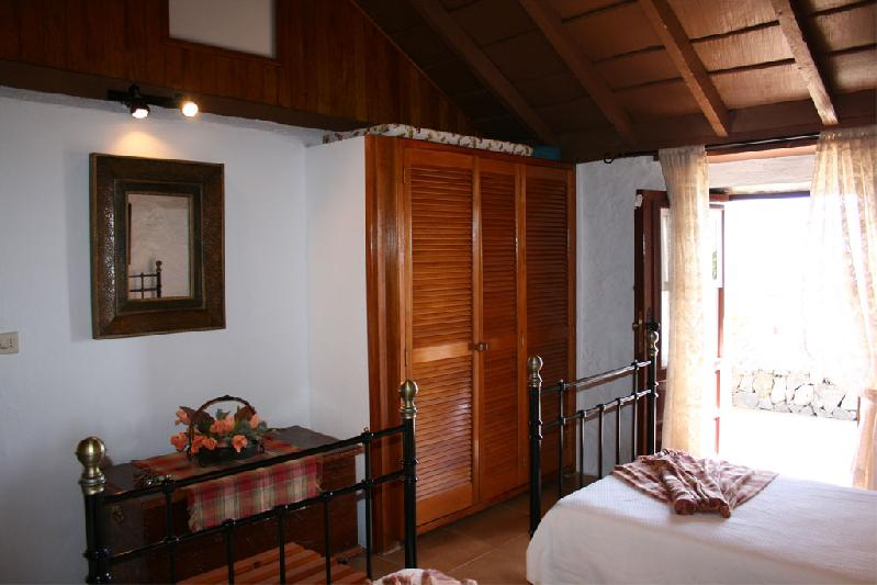 Casa Sara bedroom 2