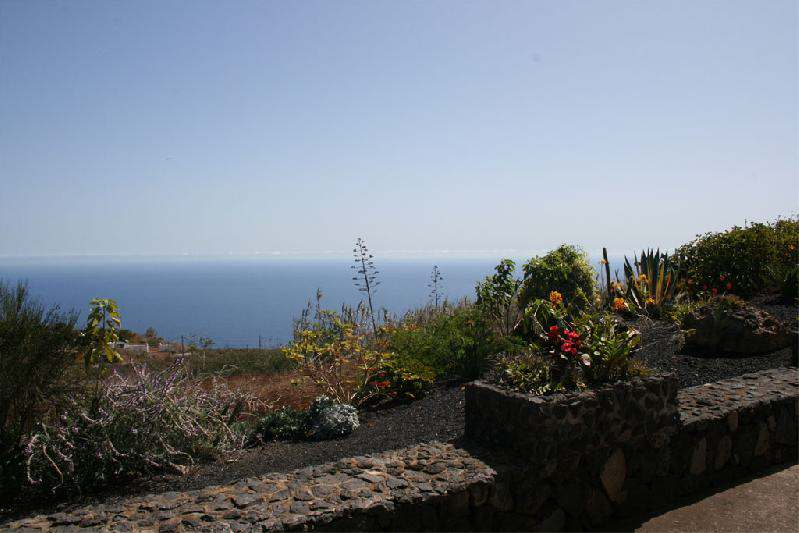 Casa sara sea view to south