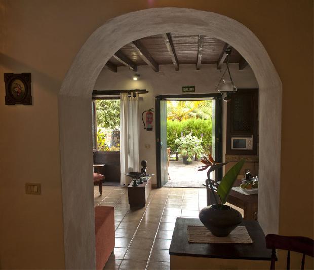 Villa Asuncion archway