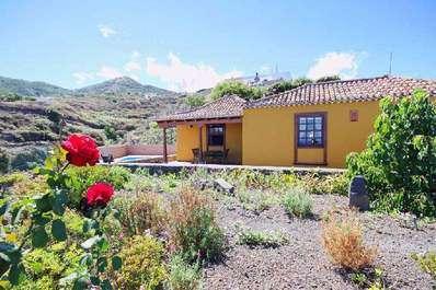 Casa Lina garden