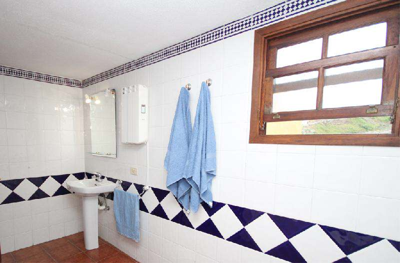 Casa Lina heated bathroom