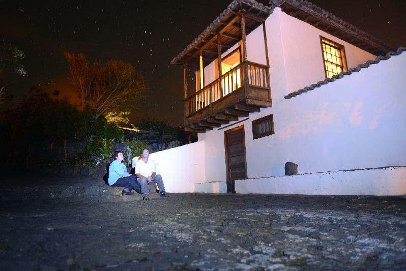 Villa Salazar night viewing