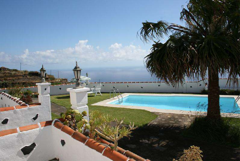 Casa Simon house with private swimming north la palma barlovento