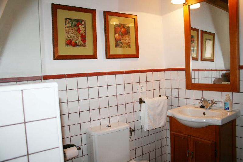 casa caldera bathroom