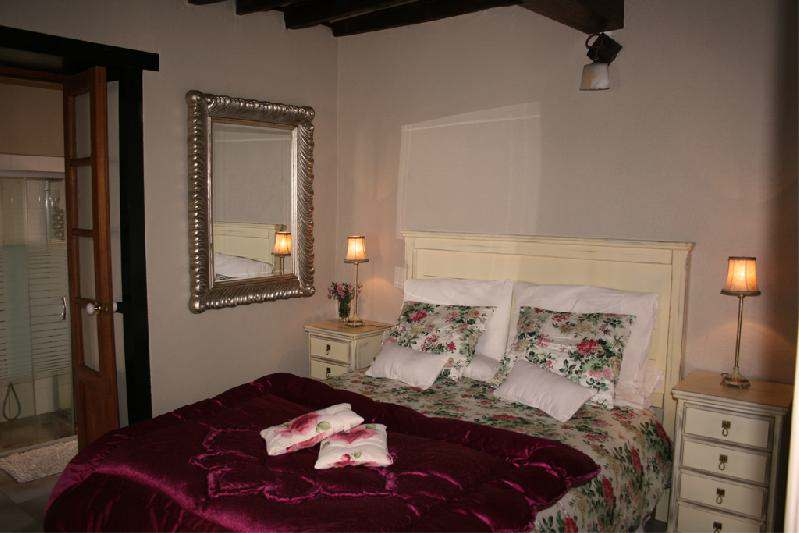 casa el morro romantic bedroom
