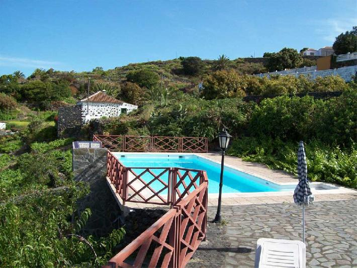 corral de payo casita blanca - swimming pool and countryside