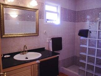 casa victoria bathroom 1