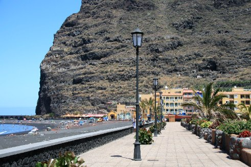tazacorte seafood restaurants and apartments