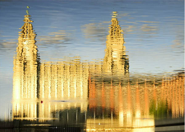 liver-bldgs-reflection-Liverpool Photographic Pirnt600jpg