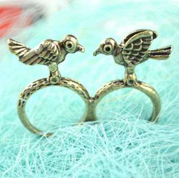 Antique Bronze Double Bird Ring