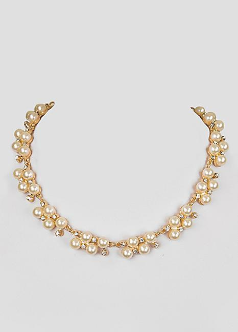 Classic Pearl Cluster Necklace