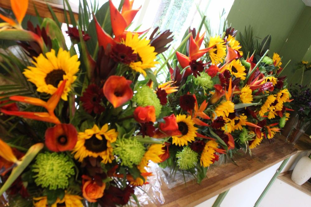 Church pedestal arrangements