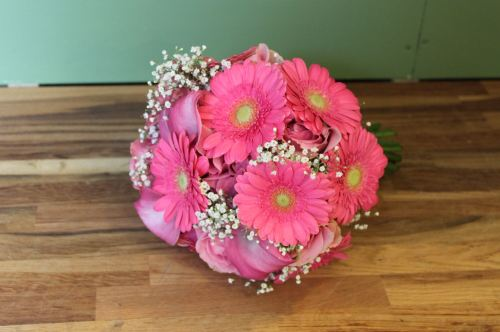 gerbera rose and calla lily brides bouquet