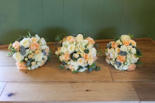 peech and ivory rose brides bouquet