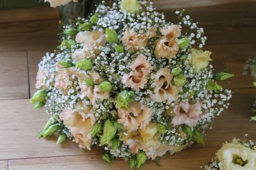 lisianthus and babies breath brides bouquet