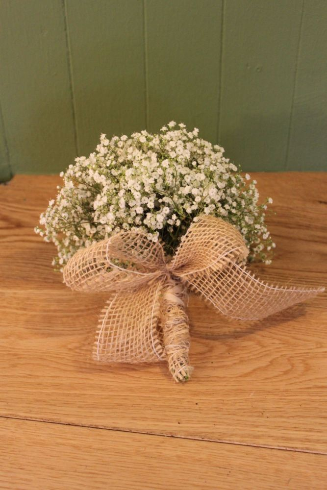 babies breath brides bouquet