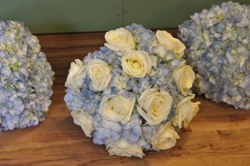 rose and hydrangea brides bouquet