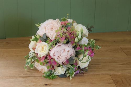 pink peony and hydrangea brides bouquet