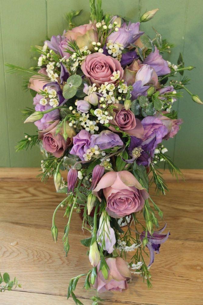 Bespoke trailing teardrop shower bouquets wedding bouquets delivery ...