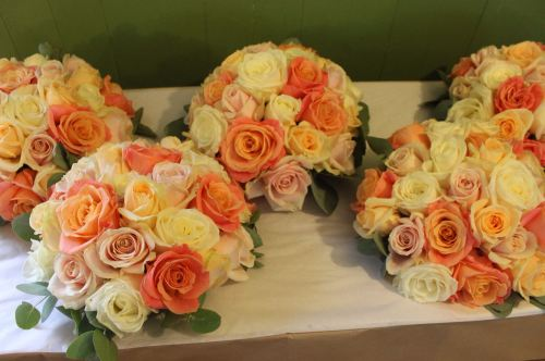 mixed rose bridesmaids bouquets