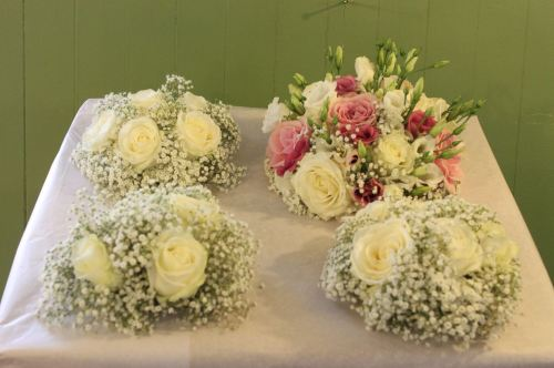 rose and babies breath bridesmaids bouquets
