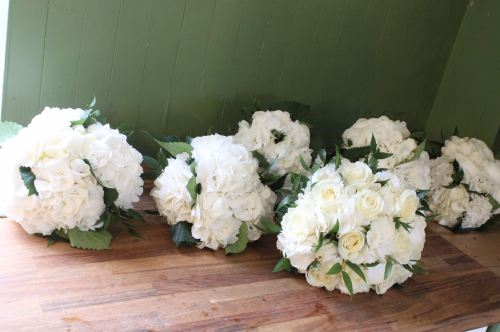 white hydrangea bridesmaids bouquet