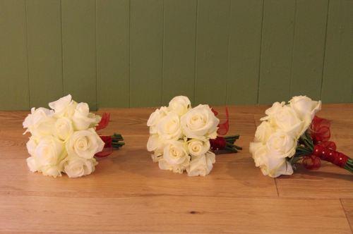 rose bridesmaids bouquet